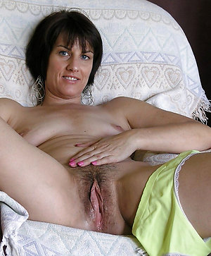 Best old brunette pussy photo