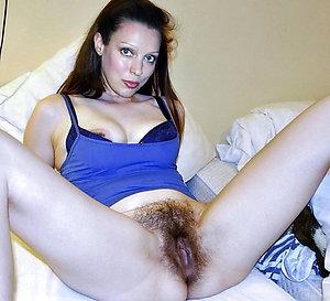 Homemade sexy brunette milf