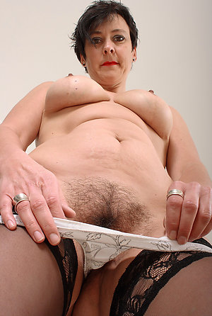 Homemade mature hairy brunette