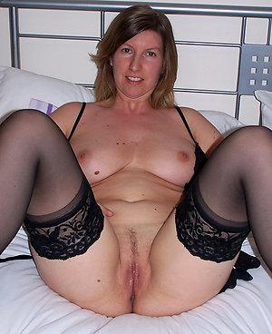 Xxx sexy brunette women nude pics