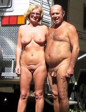 Amateur mature couples posing nude