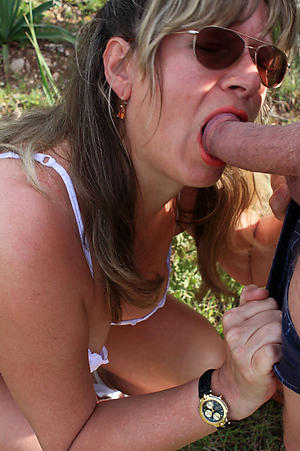 Bush-league pics of mature women blowjob