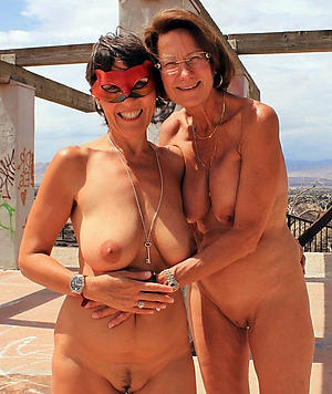 Slutty lesbian mature gallery