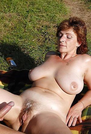 Slutty amateur mature cumshot pics