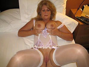 Amateur nasty mature sluts pussy pics