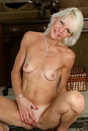 Nude long saggy mature tits photos