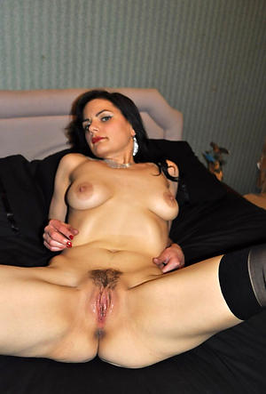 Free non-professional of age pussy porn pics