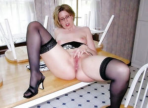 Amateur pics of housewife women