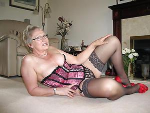 Pretty granny women nude photos