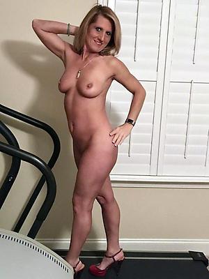 Amateur pics of hot mature women nude