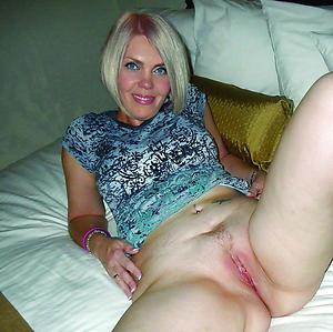Mature mom fucking pictures