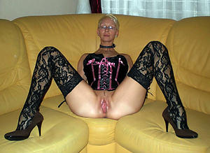 Amateur pics of X mature woman in underclothing