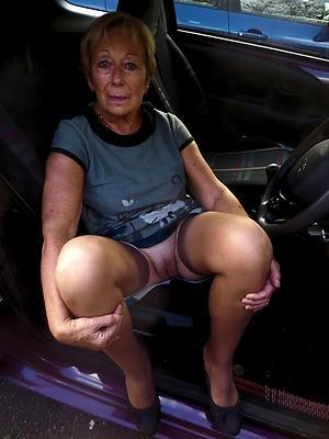 Naughty naked grandmothers porn pics