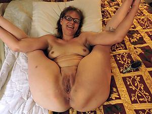 Older mature pussy porn pics