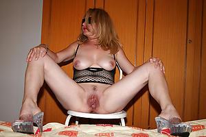 German mature column pussy pics