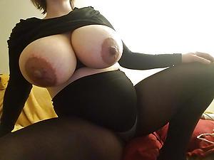 Beautiful mature woman in pantyhose pics