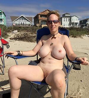 Nude X mature tit pics