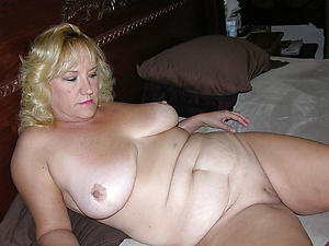 Gorgeous mature white moms pictures