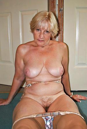 Pretty mature white wives porn pics