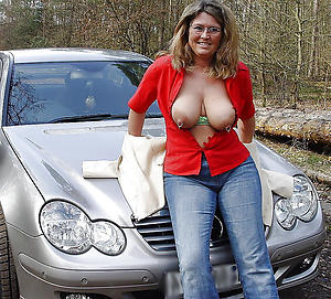 Nude mature women nipples photos