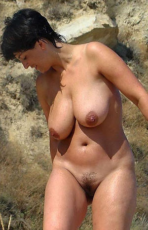 Pretty hairy unpractised mature naked photos