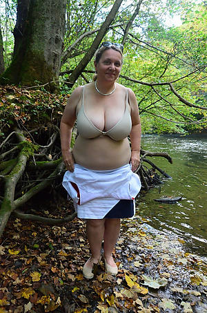 X-rated in one's birthday suit mature outdoors porn pics