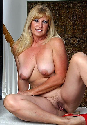 Slutty mature women over 40 mediocre pics