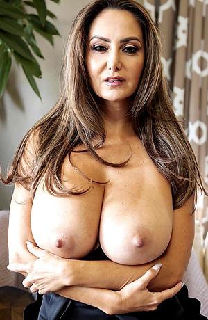 Gorgeous mature women over 40 naked photos