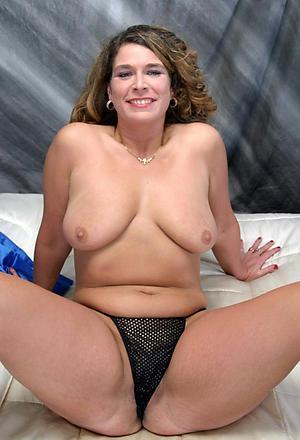Beautiful matured women over 40 naked photos