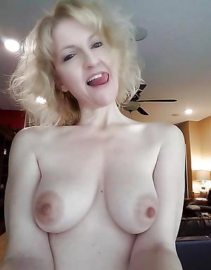 Nasty grown up women nude selfshots