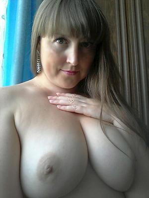 Amateur adult milf nude selfshots phot