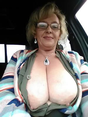 Slutty mature naked selfshot pics
