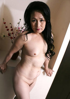 Pretty mature asian women naked photos