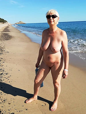 Hot porn of sexy mature nude beaches