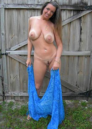 Spectacular mature white girls pics