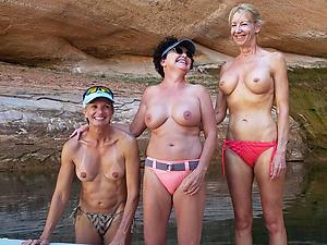 Xxx mature amateur bikini