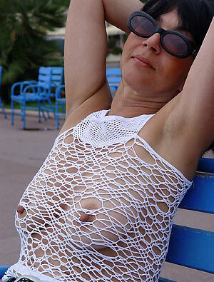 Sexy mature pointy nipples porn pics