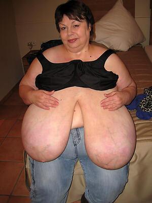 Mischievous distressing huge saggy tits grown-up nude pics