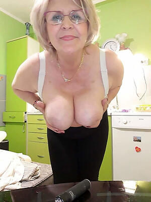 Nude mature in glasses unconforming gallery