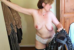 Lovely wet homemade mature pussy