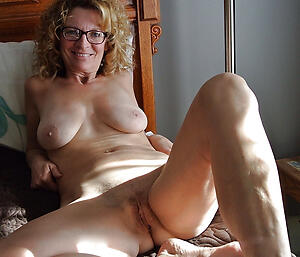 Hot porn be proper of homemade mature pussy