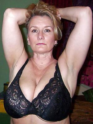 Brand-new single mature women porn pics