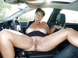 Beautiful mature sexy in motor