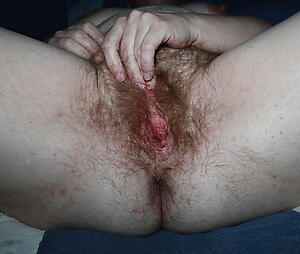 Hot porn of free unshaved mature pussy