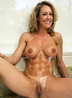 Super sexy muscle mature porn pics