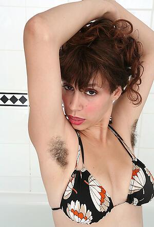 Amateur pics of hairy mature nudes