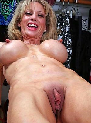 Hot mature pussy women slut pics