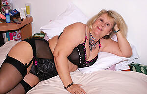 Xxx naked older mature women photo