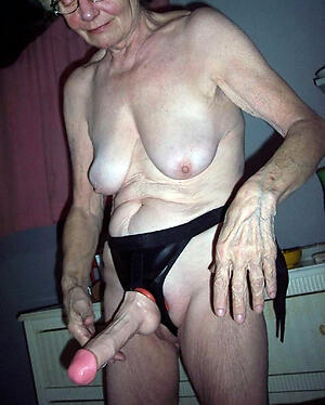 Naked patriarch mature pic