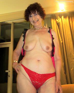 Nude matured older moms gallery